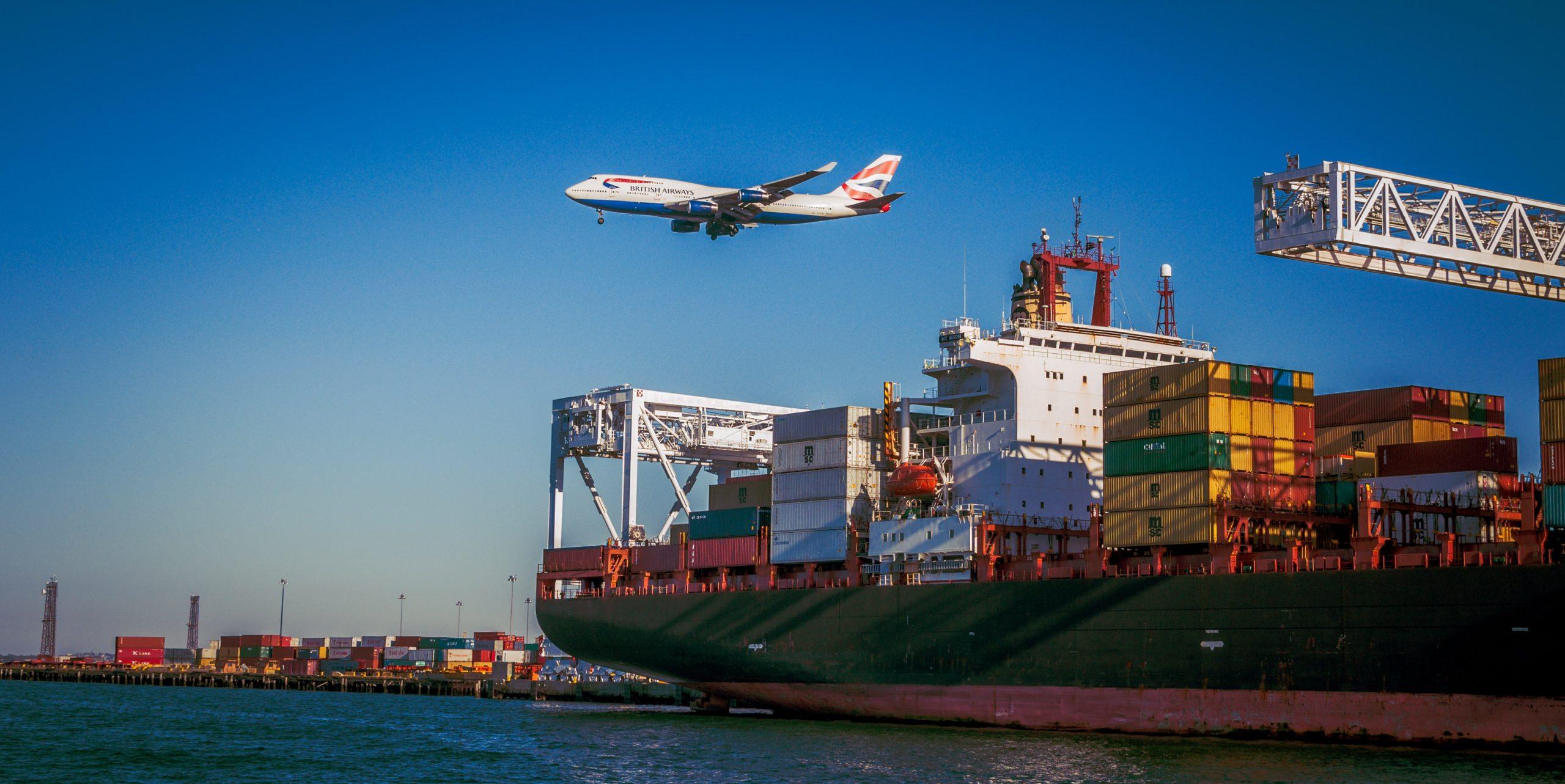 Kontenery morskie – zalety i wady wykorzystania ich w transporcie