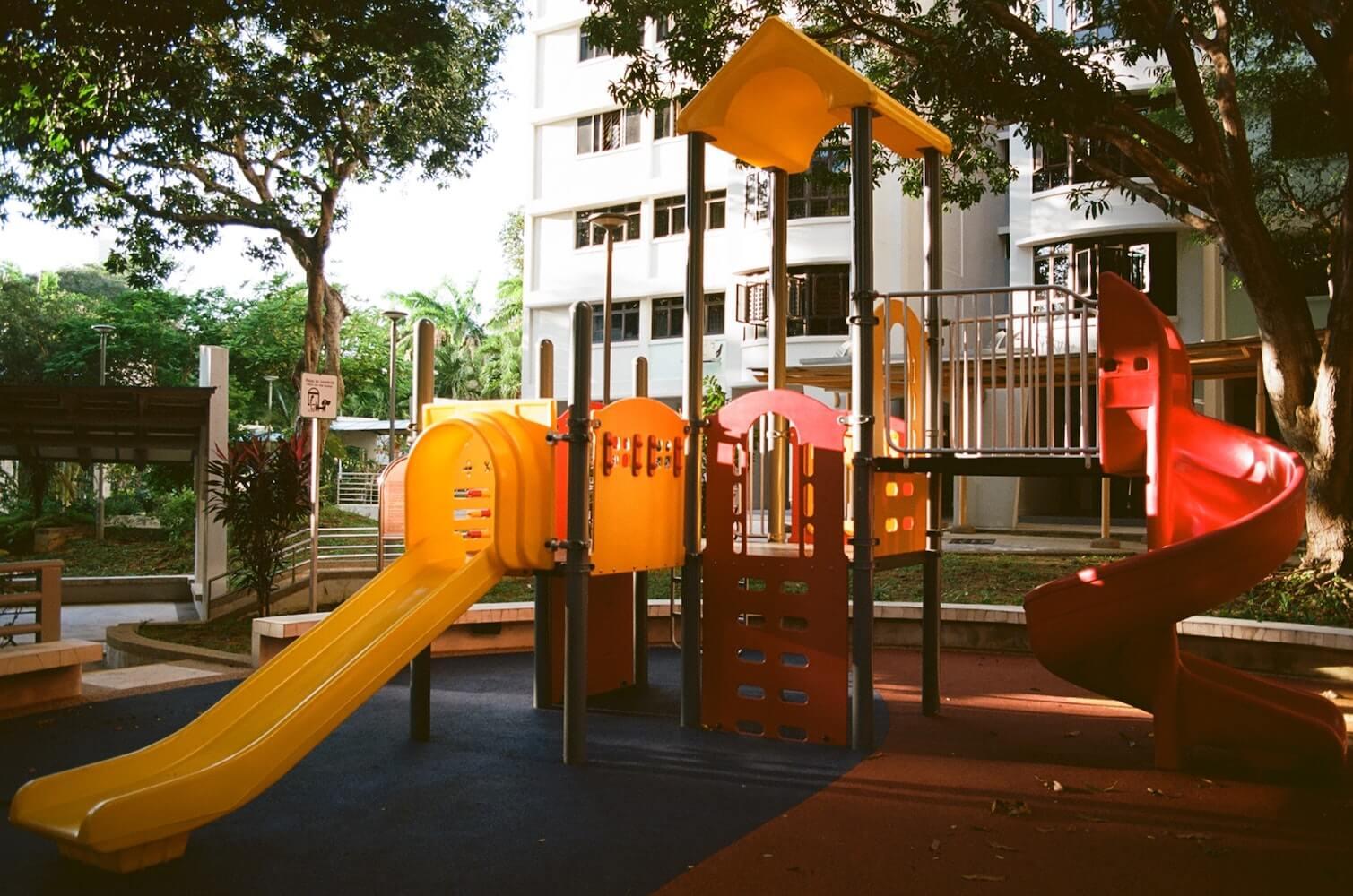 Jak wybudować plac zabaw?
